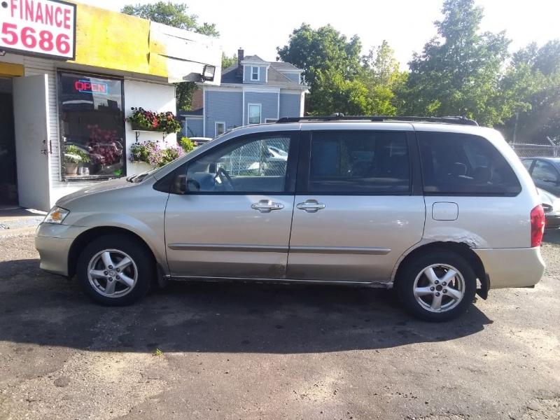 MAZDA MPV 2003 price $2,999