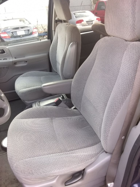 FORD WINDSTAR 2003 price $2,999