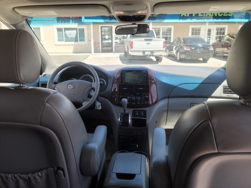 TOYOTA SIENNA XLE LIMITED; 2005 price CALL FOR PRICE