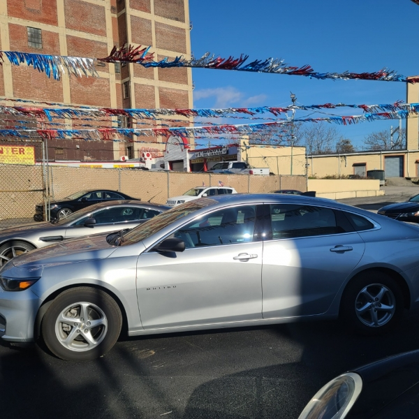 Chevrolet Malibu 2017 price $16,875
