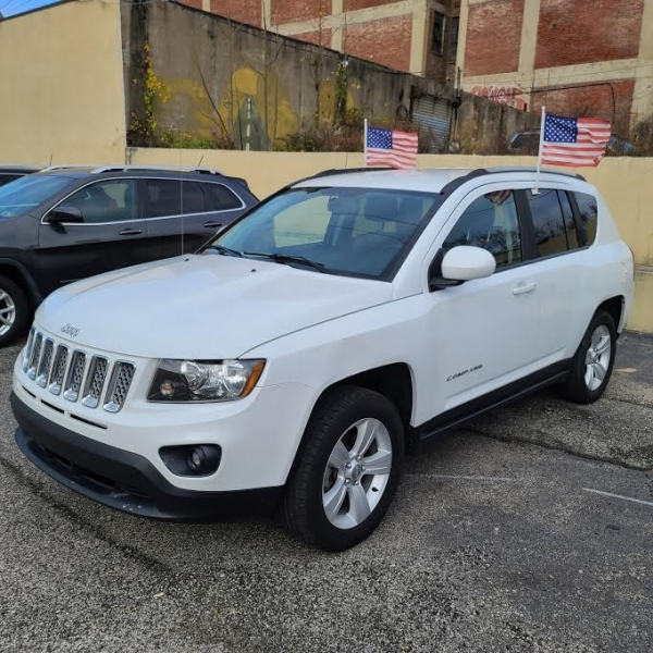 Jeep Compass 2016 price $9,425