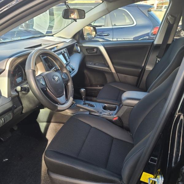Toyota RAV4 2016 price $17,327