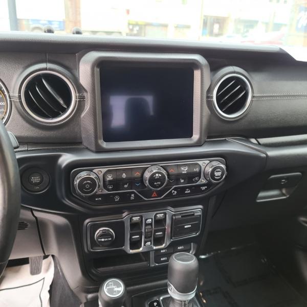 Jeep Gladiator Overland 2020 price $46,925