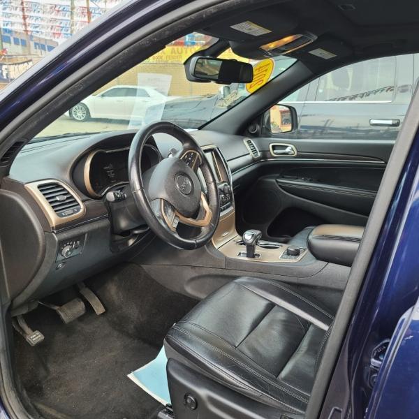 Jeep Grand Cherokee 2014 price $17,975