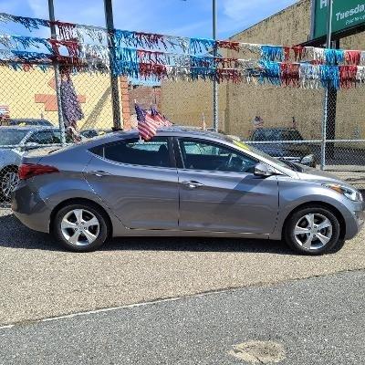Hyundai Elantra 2016 price $10,478