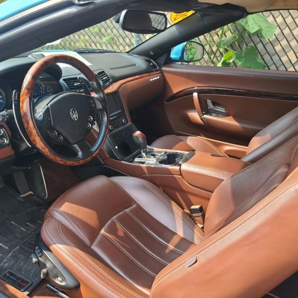 Maserati GranTurismo 2011 price Call for Pricing.