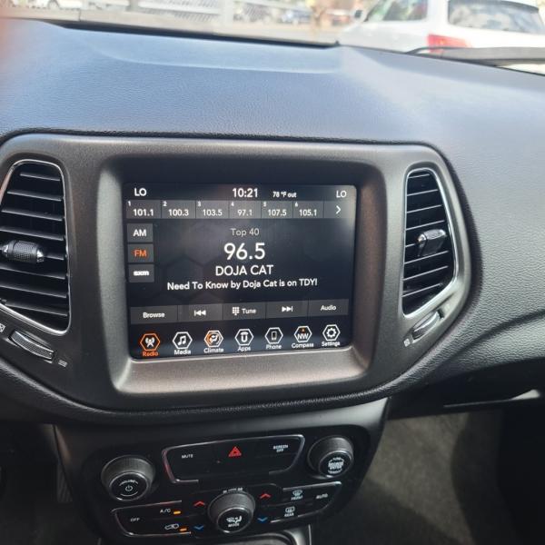 Jeep Compass 2019 price $24,900