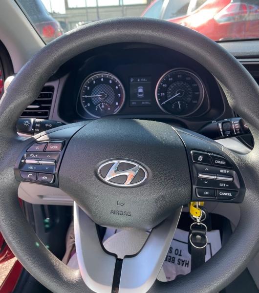Hyundai Elantra 2020 price $23,900