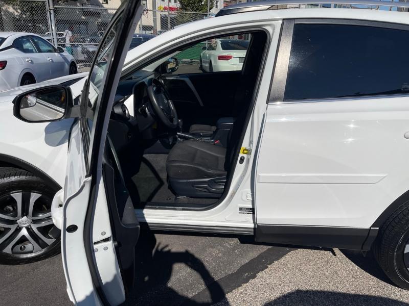 Toyota RAV4 2017 price $21,950