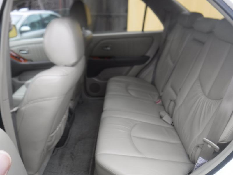 Lexus RX300 2001 price $5,650