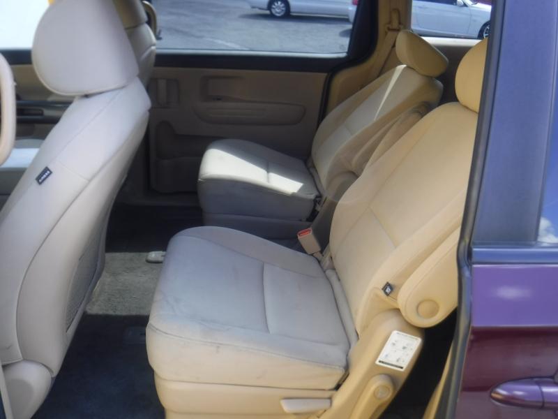 Kia Sedona 2015 price $10,800