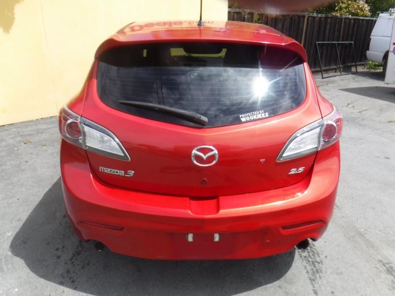 Mazda 3 2011 price $8,750