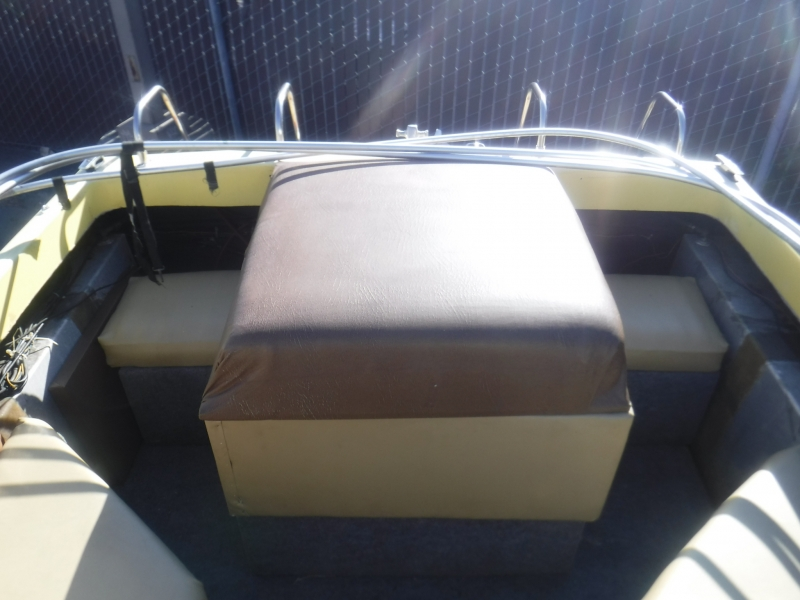 Galaxie Boatworks 1983 price $1,999
