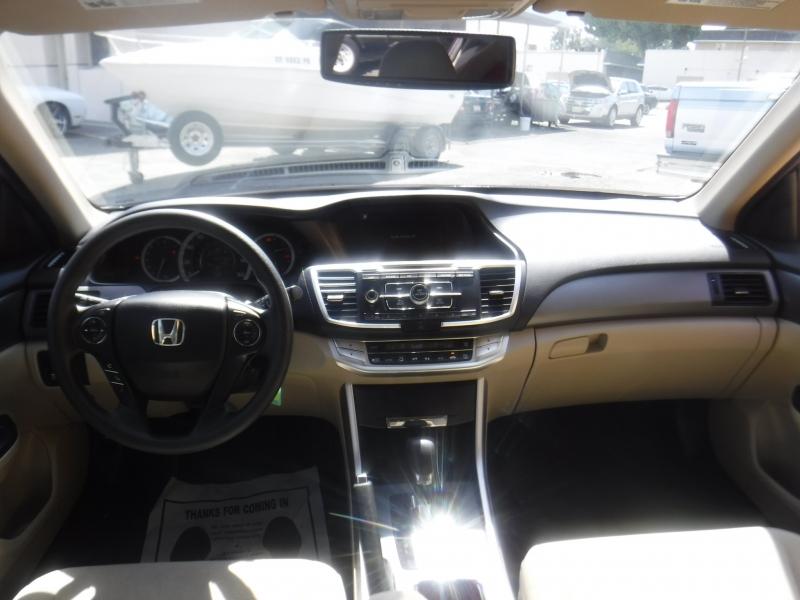 Honda Accord 2013 price $12,250