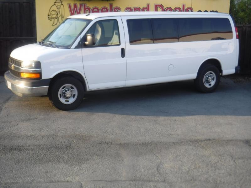 Chevrolet Express 3500 2014 price $15,500