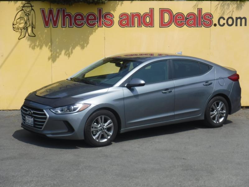 Hyundai Elantra 2018 price $14,995
