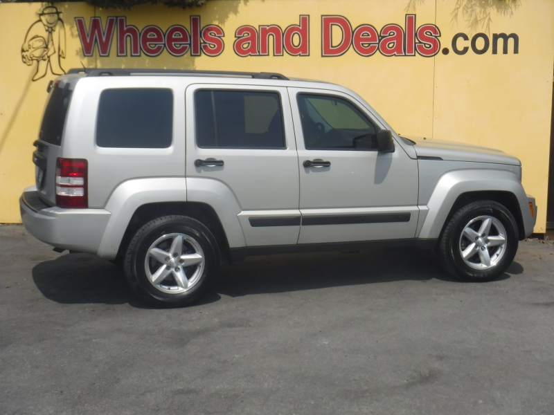Jeep Liberty 2009 price $5,999
