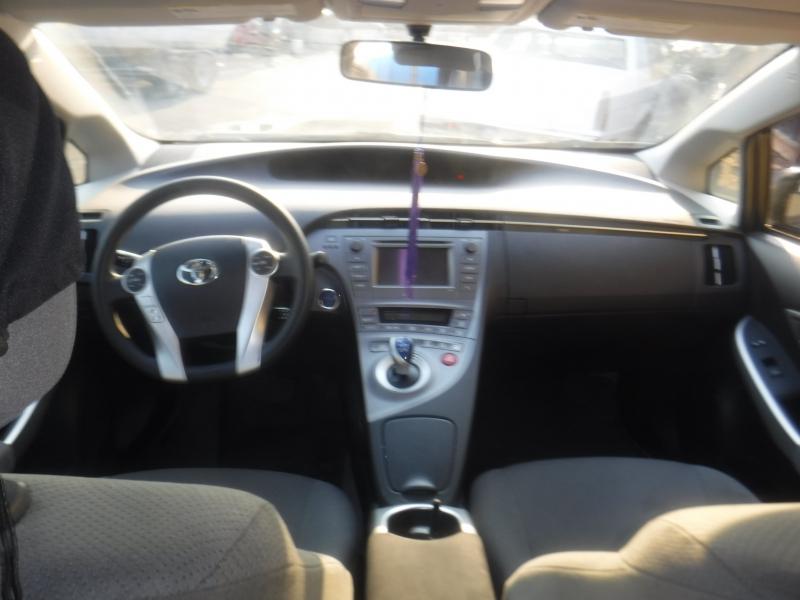 Toyota Prius 2015 price $15,099