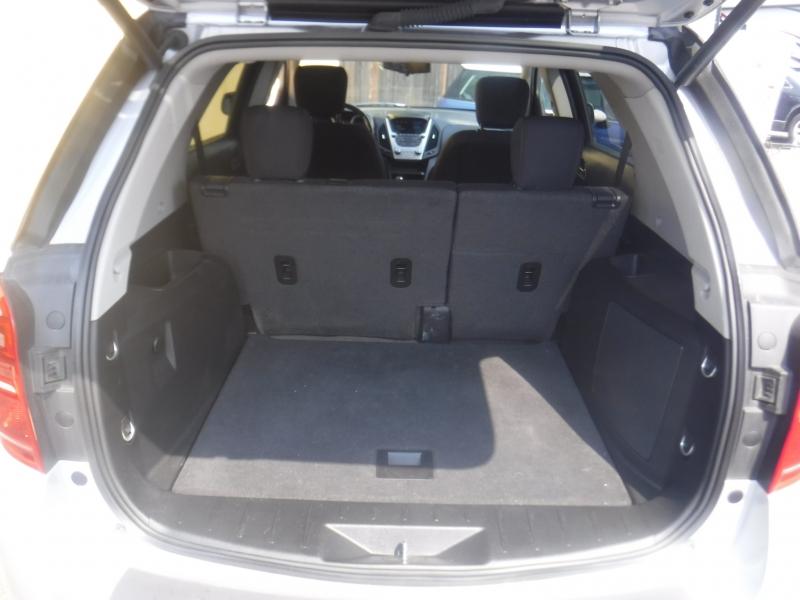 Chevrolet Equinox 2016 price $9,999