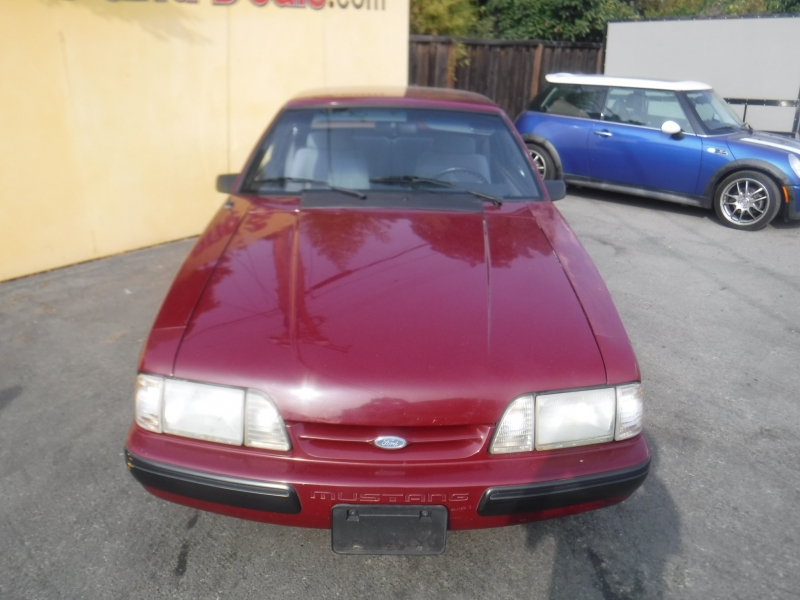 Ford Mustang 1988 price $4,999