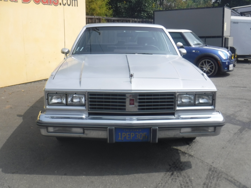 Oldsmobile Cutlass 1986 price $2,500