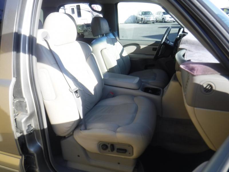 Chevrolet Tahoe 2002 price $5,990