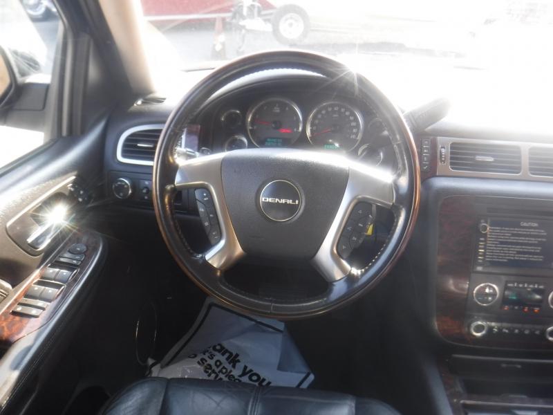 GMC Yukon 2007 price $7,499