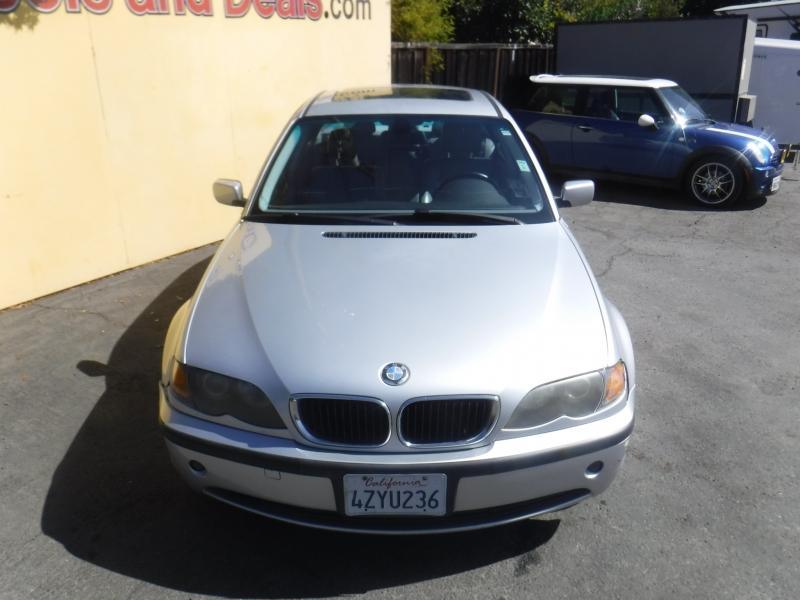 BMW 325xi 2003 price $5,150