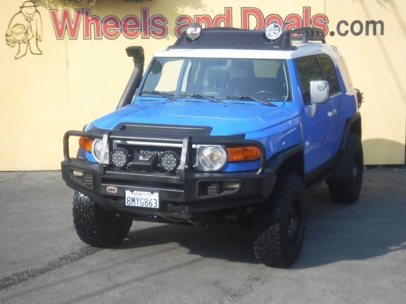 Toyota Fj Cruiser 2007 price $16,850
