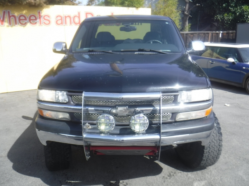 Chevrolet 1500 2001 price Call for Pricing.
