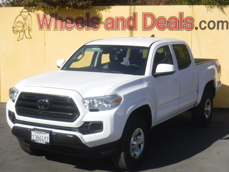 Toyota Tacoma 2019 price $28,950
