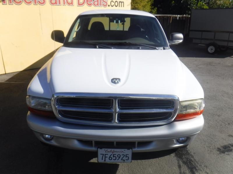 Dodge Dakota 2003 price $7,450