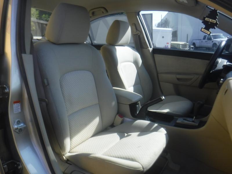 Mazda 3 2006 price $4,900
