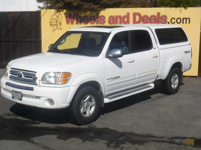 Toyota Tundra 2004 price $8,900