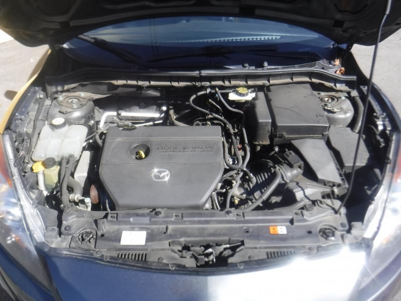 Mazda 3 2011 price $7,450