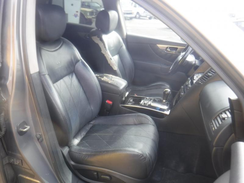 Infiniti FX35 2011 price $9,999