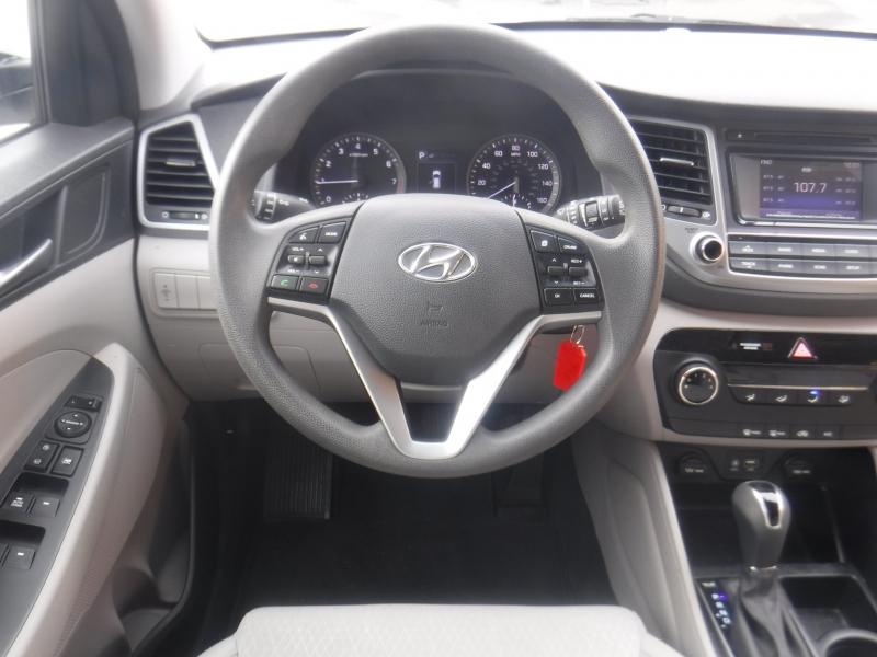 Hyundai Tuscon 2016 price $15,999