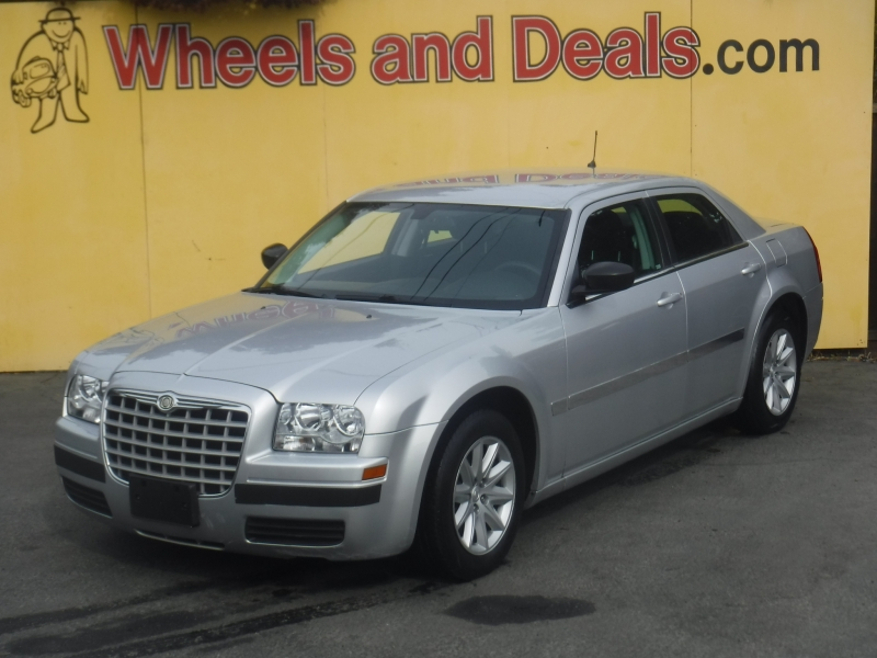 Chrysler 300 2008 price $7,000