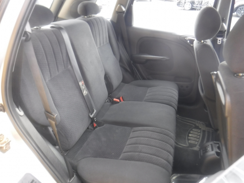 Chrysler Pt Cruiser 2004 price $2,950
