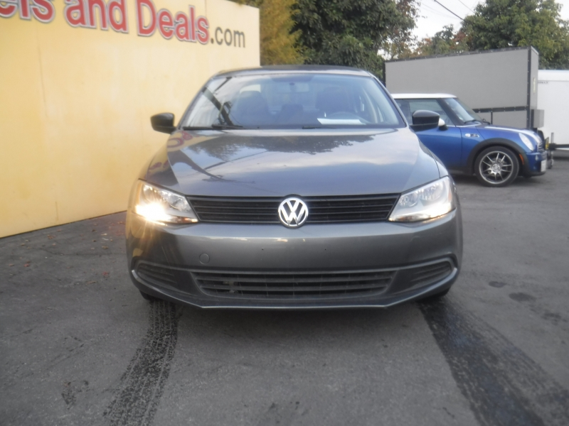 Volkswagen Jetta 2014 price $8,575