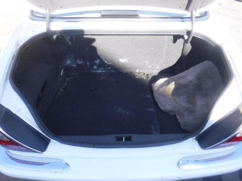 Jaguar XJ8 1999 price $7,250