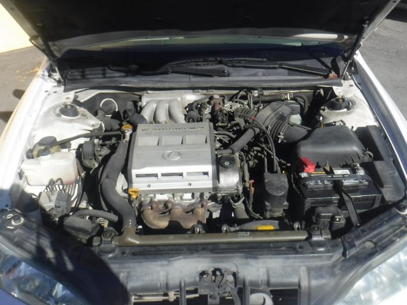Lexus Es 300 1998 price $3,500