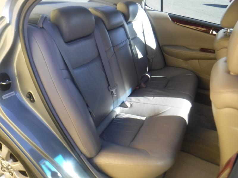 Lexus ES300 2002 price $5,100