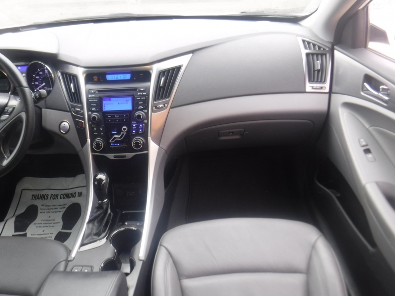 Hyundai Sonata 2012 price $9,700
