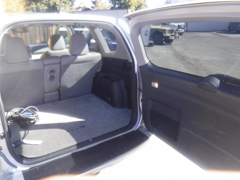 Toyota Rav4 2014 price $13,700
