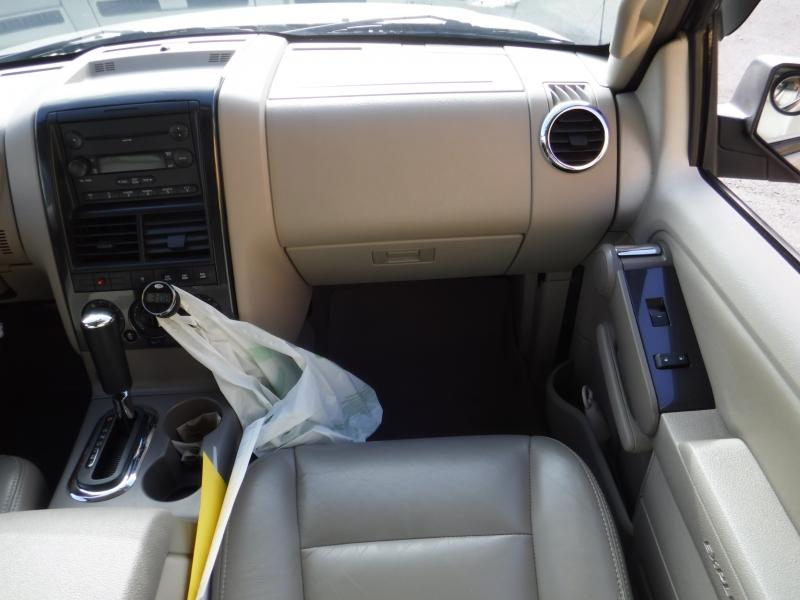 Ford Explorer 2006 price $5,500