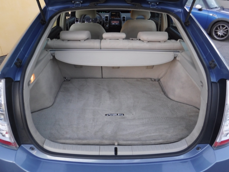Toyota Prius 2008 price $5,800
