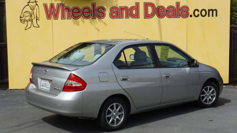 Toyota Prius 2002 price Call for Pricing.