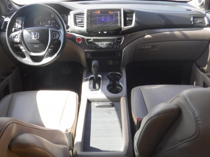 Honda Pilot 2018 price Call for Pricing.