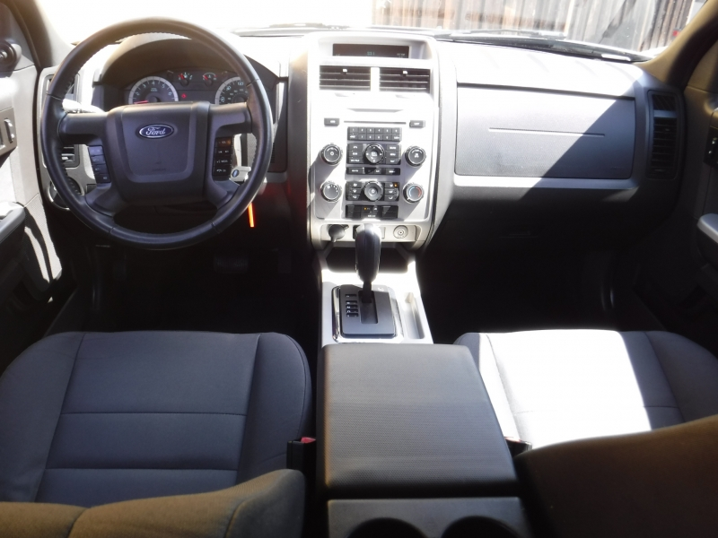 Ford Escape 2012 price $8,900
